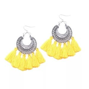 Jewelry - GORGEOUS YELLOW TASSEL EARRINGS NEW